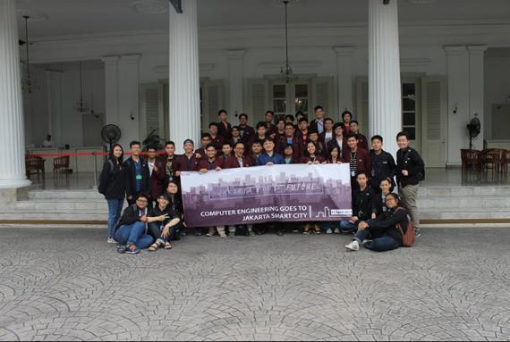 Kunjungan ke Jakarta Smart City
